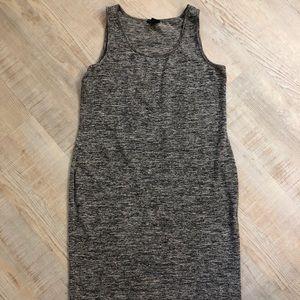 Dresses & Skirts - 2/$15💥Love Ari Dress EUC